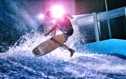 Awesome Video Surfing Indoors