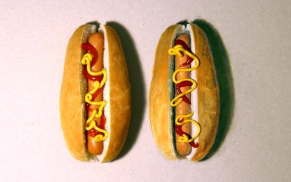 ¿Puedes distinguir el hot dog falso? Intentalo. [VIDEO]